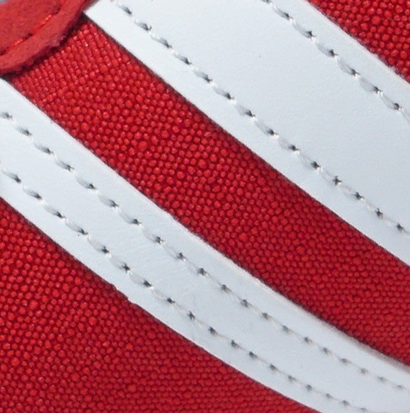 قرمز 242